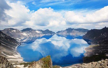 معرفی مرگبارترین آتشفشان های جهان + مکان و نام آتشفشان