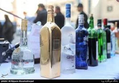 تصاویری از کشف مشروبات الکلی لاکچری و گران قیمت