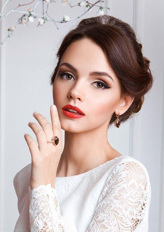 زیباترین مدل های آرایش عروس 2021   مدل میکاپ عروس 1400