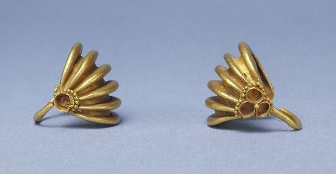 جواهرات انسان های غارنشین در 130 هزار سال پیش (عکس)