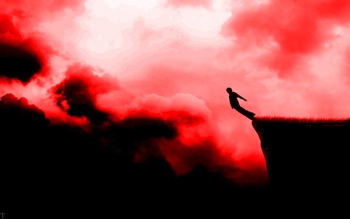 تعبیر خواب افتادن و زمین خوردن و سقوط از بزرگان تعبیر خواب