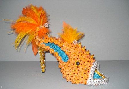 تصاویری از جالب ترین کفش های زنانه با طرح هایی عجیب