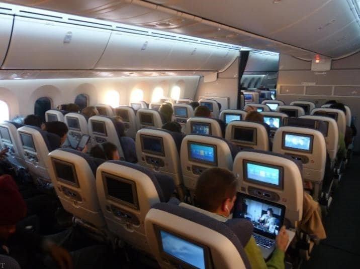 8 نکته مهم درباره پروازهای طولانی + بهترین جای نشستن در هواپیما
