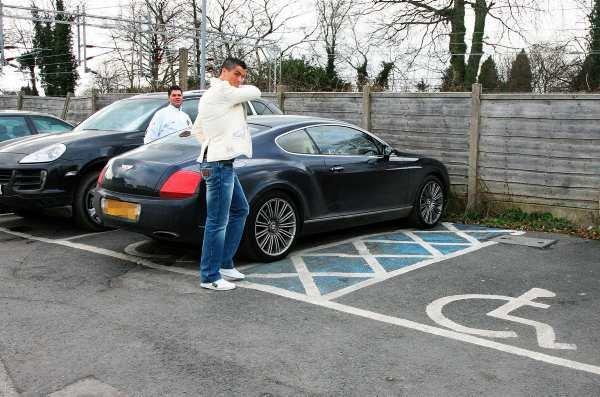 خودرو جدید رونالدو به ارزش یک میلیون یورو (عکس)