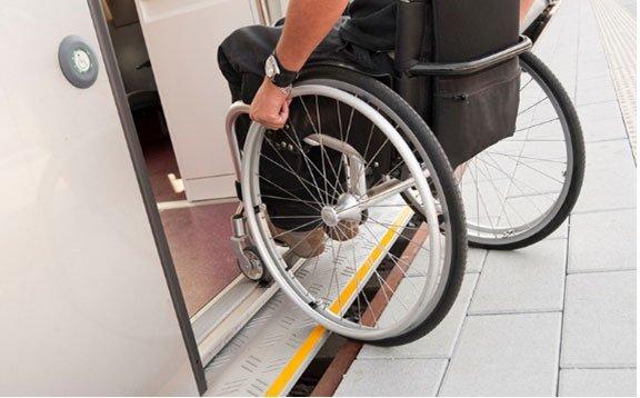 سفر با اتوبوس برای معلولان