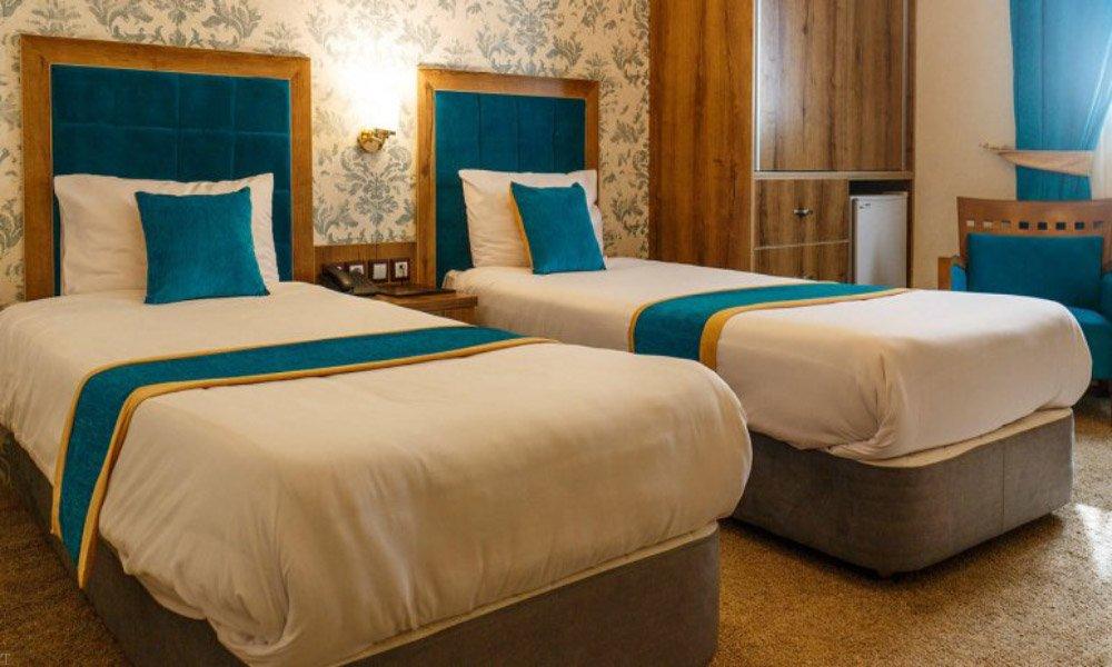 ارزان ترین هتل های شیراز (هتل های ارزان شیراز)