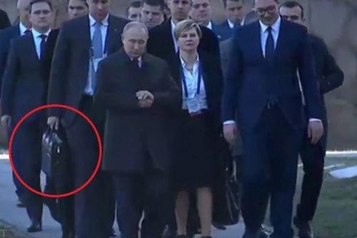 کیف هسته ای پوتین چیست؟ (عکس)