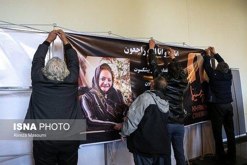 مراسم تشییع پیکر شهلا ریاحی بازیگر پیشکسوت (عکس)