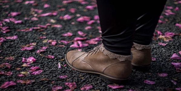 7 ترفند مفید که کفش های شما را به کفش راحتتری تبدیل میکند