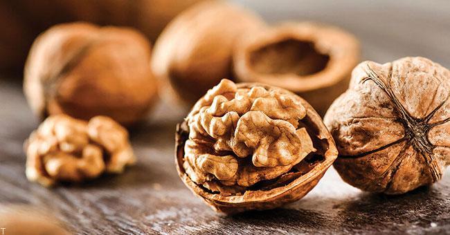 6 مغز دانه مفید برای کاهش وزن و لاغر کردن