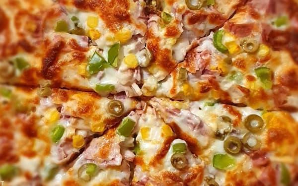 روش پخت بهترین پیتزا خانگی با امکانات ساده