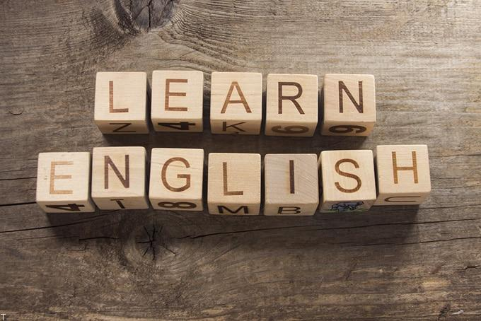 دکتر آریانپور و معرفی بهترین وبسایت آموزش زبان