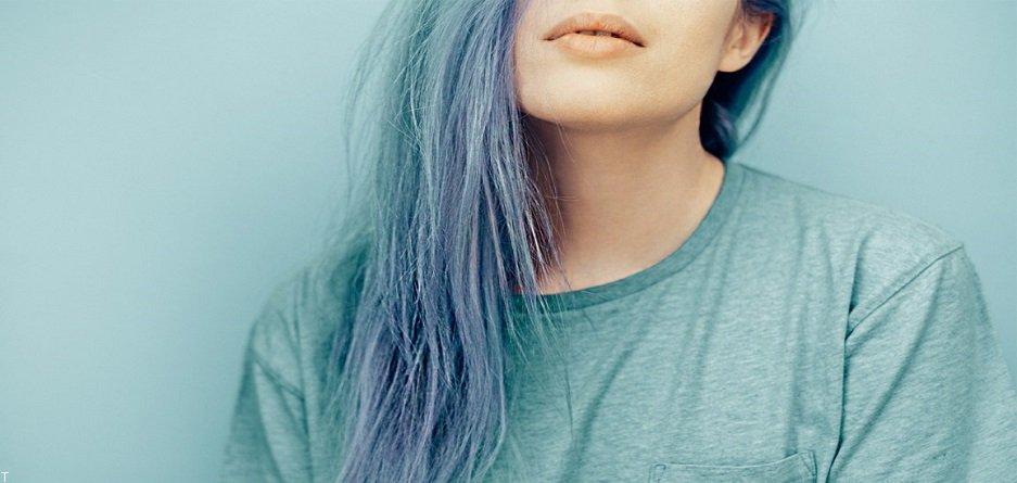 راهنمای کامل انتخاب رنگ لباس بر اساس رنگ مو