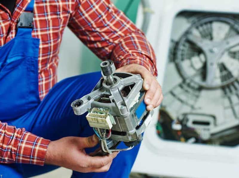 مراقب این ۱۱ نشانه باشید! خرابی موتور ماشین لباسشویی در کمین است!