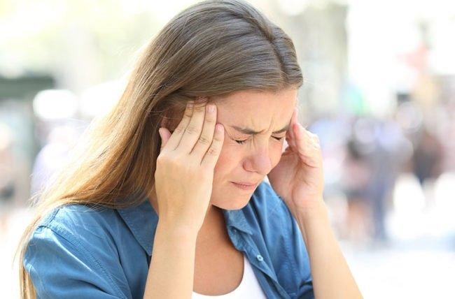 آشنایی با انواع سردرد و دلایل ابتلا به آن