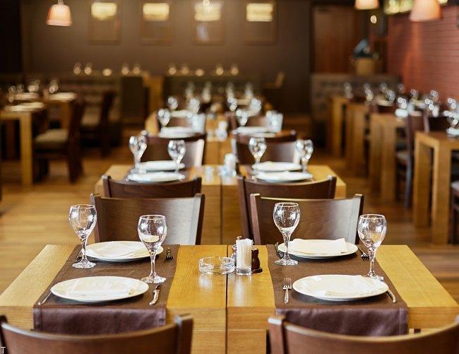 10 رستوران غیر عادی و شگفت انگیز در جهان