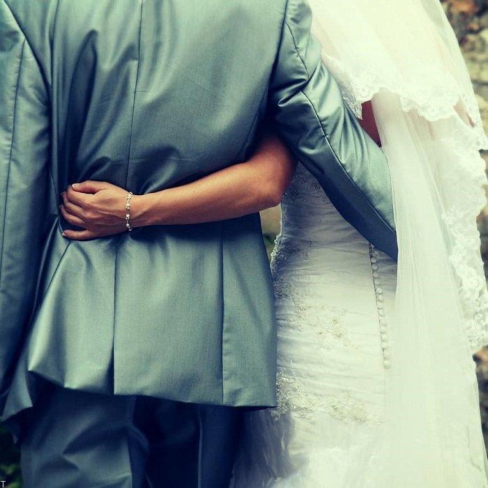 ازدواج با مرد کوچک تر از خود چه معایب و مزایا دارد؟