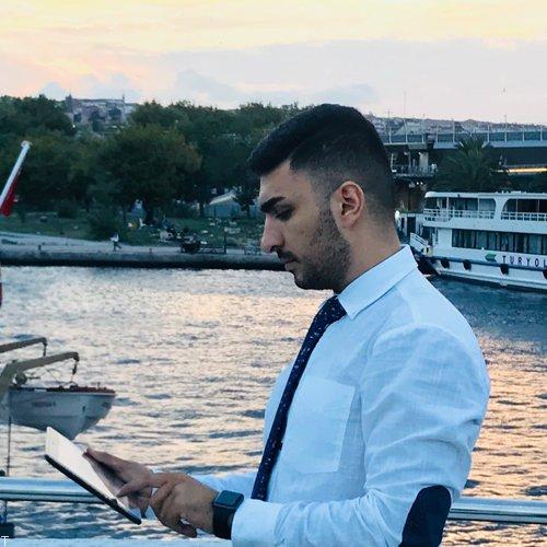 امیرحسین اشرفی فعالیت خود را بین المللی کرد
