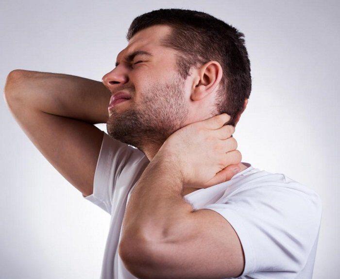 علت های گردن درد و درمان آنها